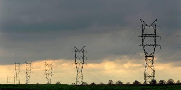 Sept communes du Brabant wallon plongées dans le noir pendant trois heures - La Libre