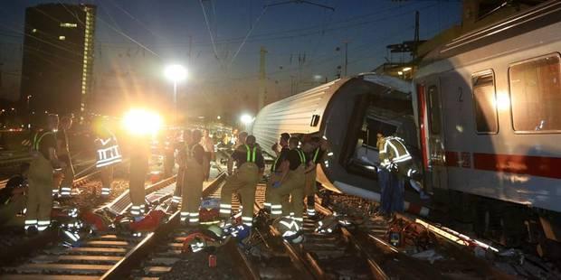 Collision entre deux trains en Allemagne, 35 blessés - La Libre