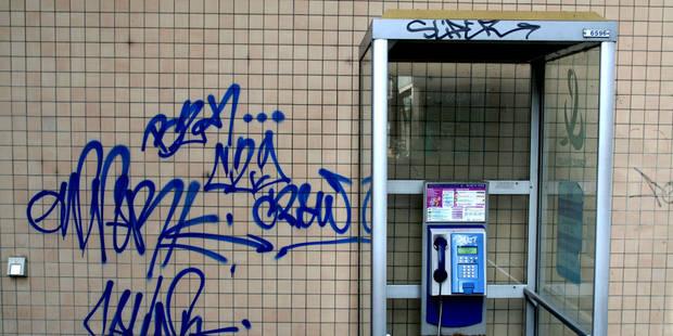 Les cabines téléphoniques vivent leurs derniers instants - La Libre