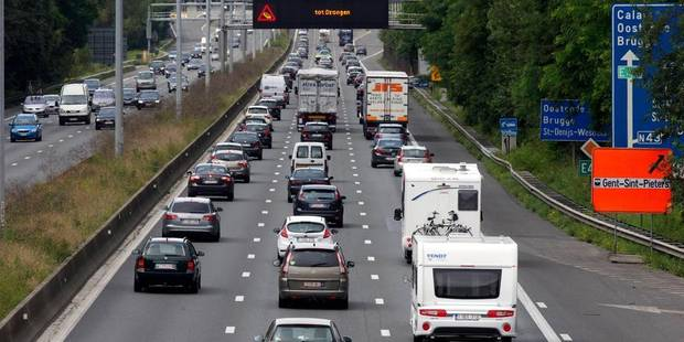 Des travaux provoquent des retards sur la E40 Bruxelles-Louvain à hauteur de Bertem - La Libre