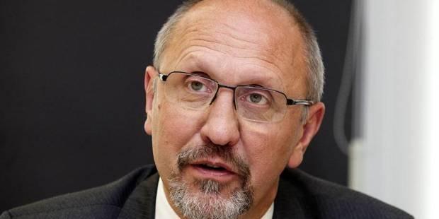 Johan Vande Lanotte reprend les compétences de John Crombez - La Libre