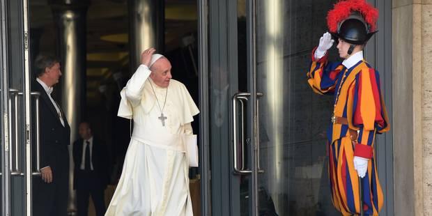 Le pape en France en 2015 dans un contexte tendu - La Libre