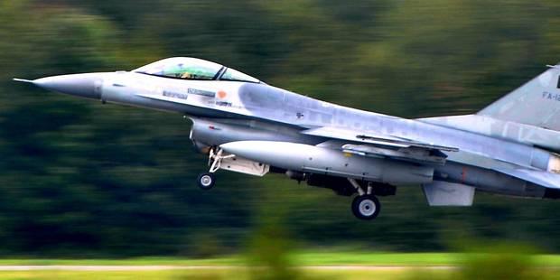 Le gouvernement Michel penche pour le remplacement des chasseurs F-16 - La Libre