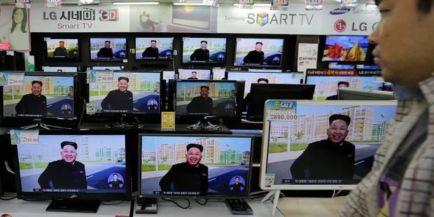 Bien vivant, Kim Jong-Un fait taire les rumeurs - La Libre