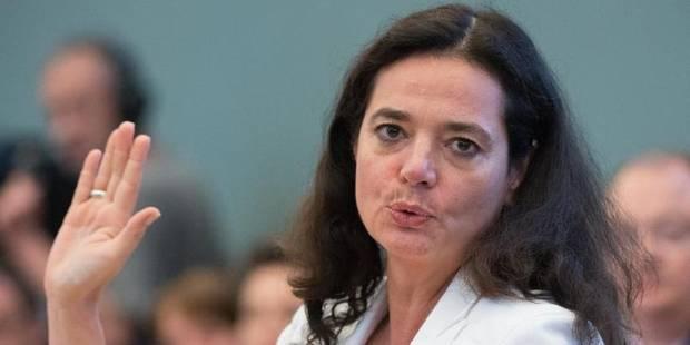 Le nouveau Sénat installé avec Christine Defraigne à sa tête - La Libre