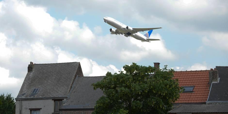 Nuisances des avions: le bourgmestre de Wezembeek fait des suggestions au MR