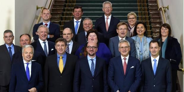 Plus de 9 fonctionnaires fédéraux sur 10 sont sous les ordres de ministres flamands - La Libre