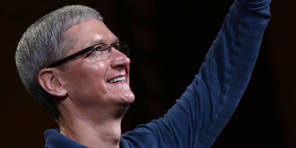 """Tim Cook, patron d'Apple, est """"fier d'être gay"""""""