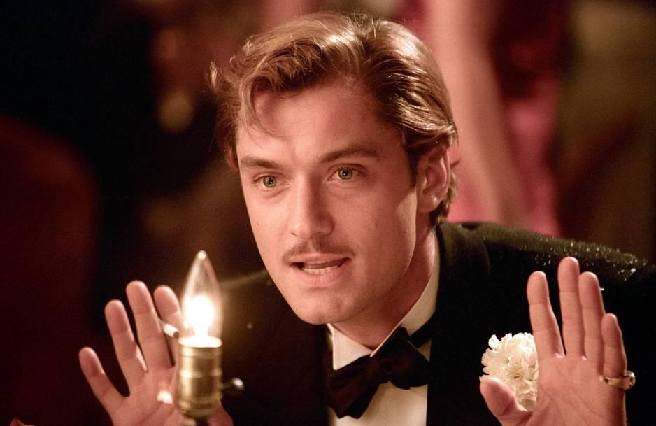 Jude Law sexy en gentleman moustachu pour le film The Aviator(2004)