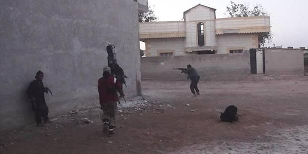 Syrie: Al-Qaïda étend son territoire dans le nord-ouest - La Libre