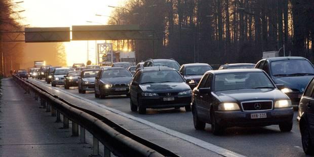"""Trafic : Un """"enfer sur les routes"""" menant à Bruxelles - La Libre"""