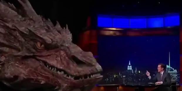 Quand le dragon Smaug est invité sur un plateau télé, il livre un show enflammé - La Libre