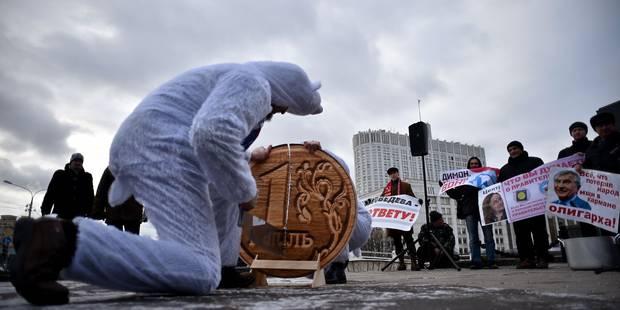 Moscou joue les pompiers après le plongeon du rouble - La Libre
