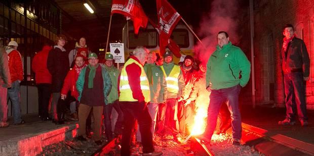 Droit de grève: légiférons, de grâce ! - La Libre