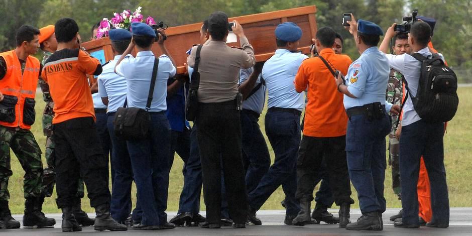 Avion d'AirAsia: enquête à Paris pour homicide involontaire