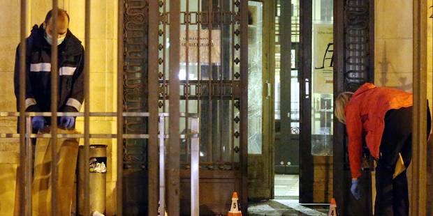Commissariat attaqué? à coup de cocktails Molotov: un seul suspect en prison - La Libre