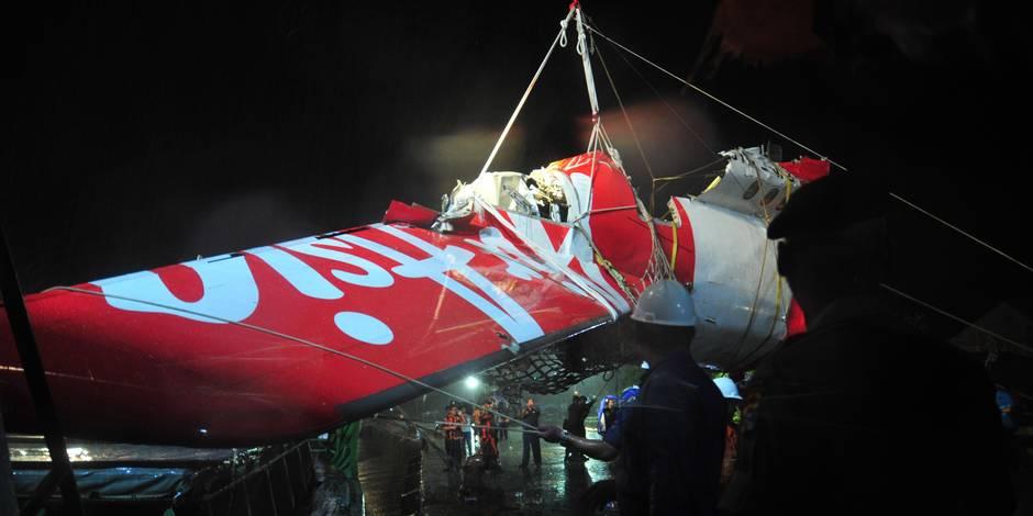 AirAsia: la deuxième boite noire retrouvée