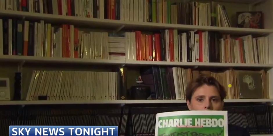 Quand Sky News censure en direct Caroline Fourest montrant la Une de Charlie