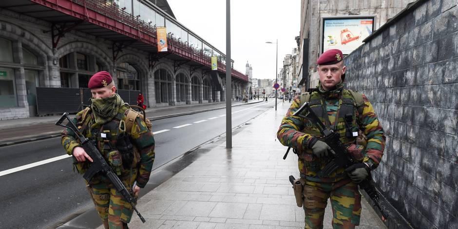 """""""L'armée dans les rues, c'est une arme à double tranchant"""" - La Libre"""