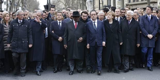 """Charlie Hebdo : des médias officiellement critiqués pour """"manquements graves"""" par le CSA - La Libre"""