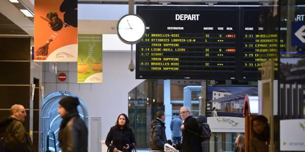 """""""Le service minimum pénaliserait les voyageurs"""" - La Libre"""