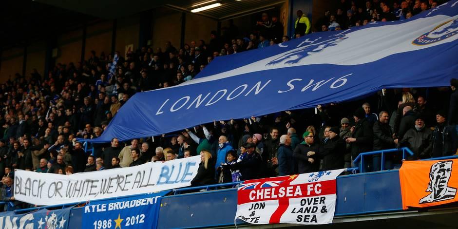 Incident raciste: banderole et maillots contre la discrimination à Chelsea