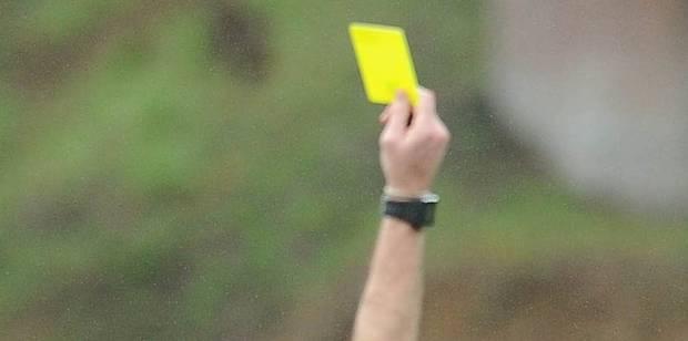 Plainte à l'Union belge après la carte jaune d'un joueur qui avait parlé français - La Libre