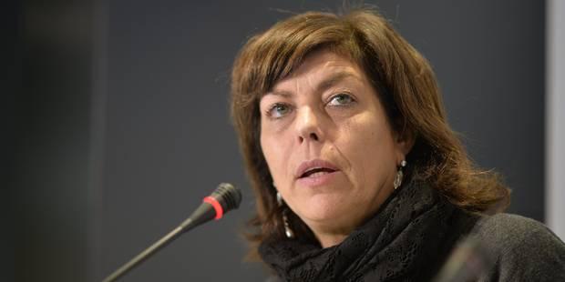 Joëlle Milquet annonce l'élaboration d'un plan lecture en Fédération Wallonie-Bruxelles - La Libre