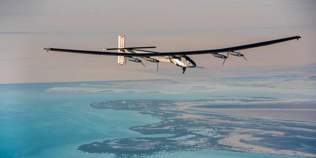 Solar Impulse 2 a décollé pour son tour du monde sans carburant - La Libre