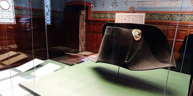 Sur les traces de Napoléon et ses 19 chapeaux - La Libre