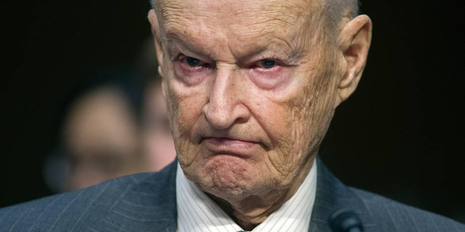 """La Grèce pourrait """"paralyser"""" l'Otan, estime Brzezinski"""