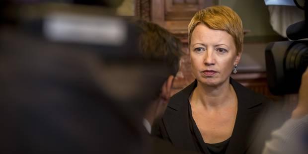 """Catherine Fonck (cdH) : """"Le MR organise la rupture entre francophones"""" - La Libre"""