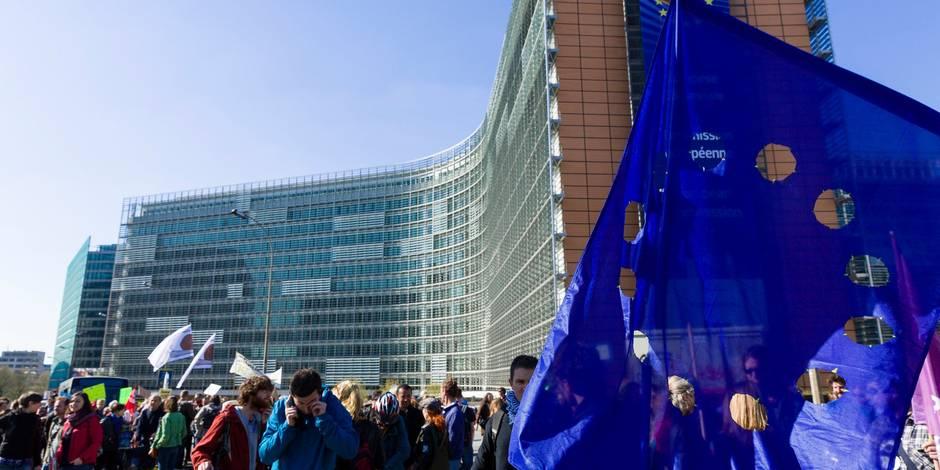 """Bruxelles, capitale de l'UE, se rêve en """"zone hors-TTIP"""""""