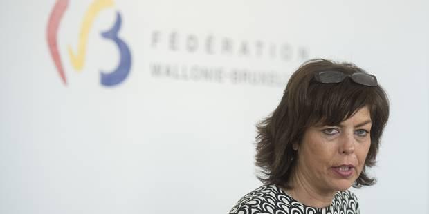Dispense des cours philosophiques : la ministre Milquet critiquée, y compris par son partenaire socialiste - La Libre