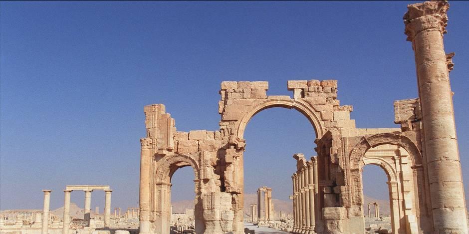 """L'UE s'émeut du risque de nouveaux """"crimes de guerre"""" à Palmyre"""
