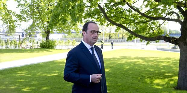 """Les gardes du corps de François Hollande n'en peuvent plus: """"Il fait n'importe quoi"""" - La Libre"""