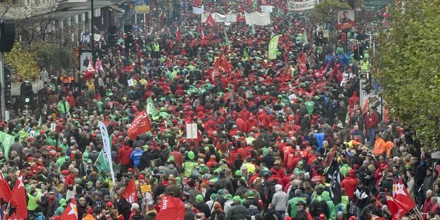 Manifestation et grève pour le 1er anniversaire du gouvernement Michel - La Libre