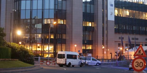 """Alerte à la bombe levée dans le quartier européen: """"Aucun explosif retrouvé"""", selon le parquet - La Libre"""
