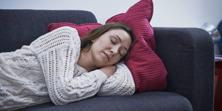 Voici pourquoi les femmes dorment plus longtemps que les hommes