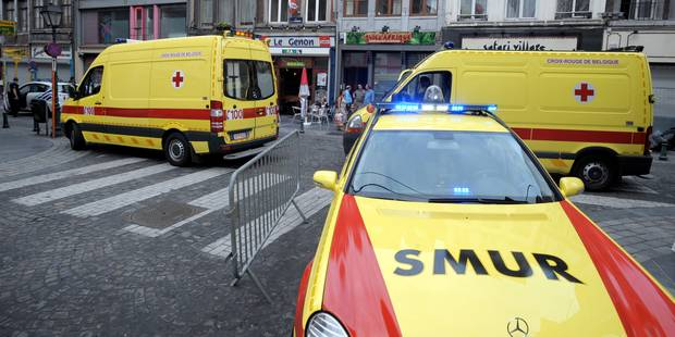 Un forcené fait 3 morts et 34 blessés en fonçant dans la foule en voiture - La Libre