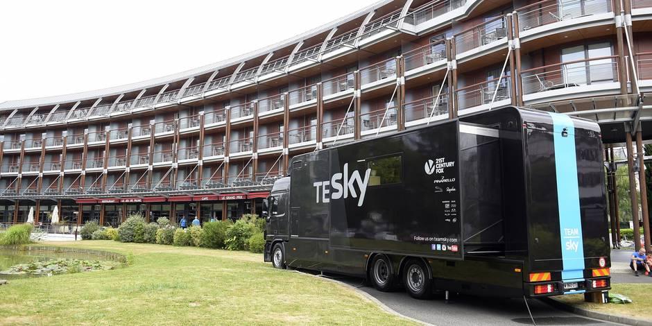 Tour de France: Qu'est-ce qui se cache à l'intérieur des camions de la Sky? - La Libre