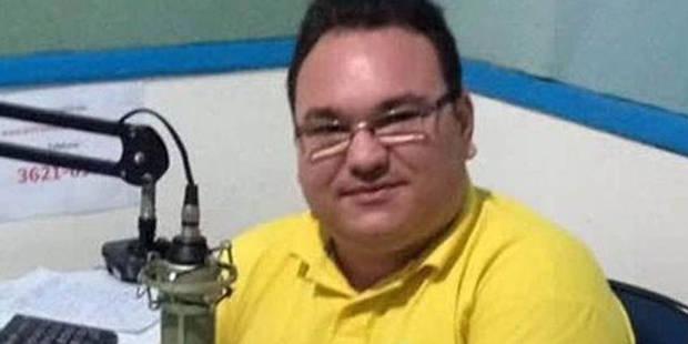 Brésil : un journaliste tué par balles dans un studio de radio - La Libre