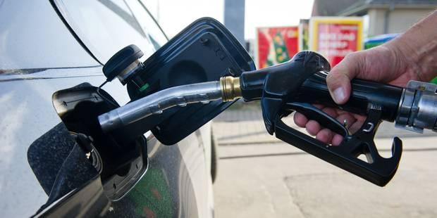 Affecté par le yuan, le pétrole termine à un plus bas depuis 2009 à New York - La Libre