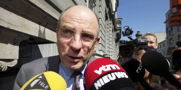 Koen Geens veut lutter contre le trafic d'armes vers la Belgique - La Libre