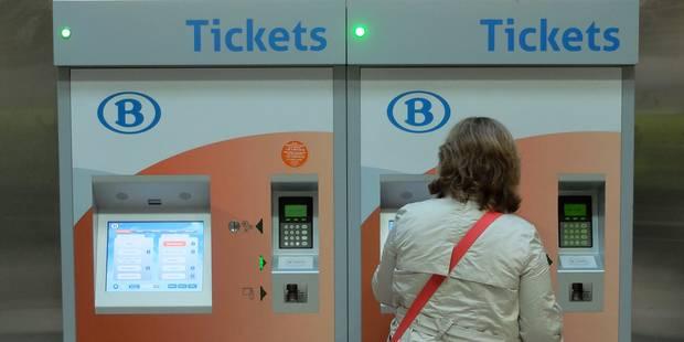 Une panne paralyse le système de vente des titres de transport de la SNCB - La Libre