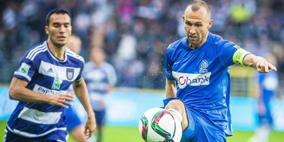 Genk freine Anderlecht (0-0), qui laisse la tête à Ostende