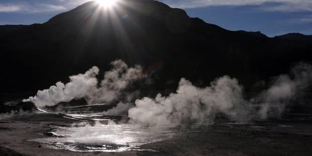 Une touriste belge dans état grave après une chute dans un geyser au Chili - La Libre