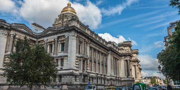 La façade avant du Palais de Justice de Bruxelles bientôt rénovée - La Libre