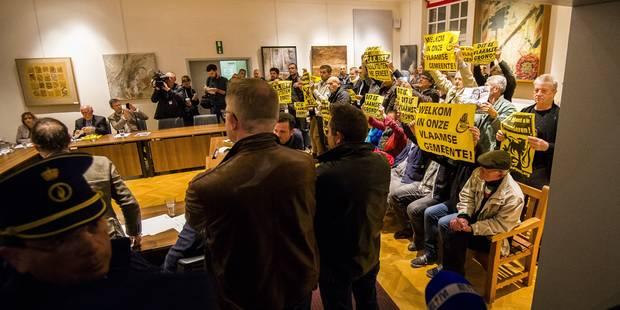 Vers de nouvelles élections à Linkebeek: les conseillers francophones remettent leur démission - La Libre