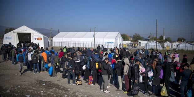 La commission européenne prédit l'arrivée de trois millions de migrants d'ici à 2017 - La Libre